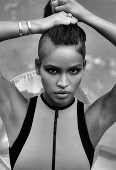 Cassie in InStyle Black Is Beautiful, Beautiful People, Beautiful Women, Cassie Ventura, Natural Hair Styles, Short Hair Styles, Shaved Sides, Half Shaved, Shaved Head