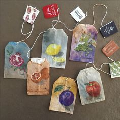 Yule toast a festive pour with trending tea bag art. Celebrate with Give the gift of art. 🎁 The creative inspiration is worth it! Artist Paints Wonderful Designs on Used Tea Bags Tea Bag Art, Tea Art, Art Sketches, Art Drawings, Tee Kunst, Pen Pal Letters, Creation Art, Arte Sketchbook, Art Hoe