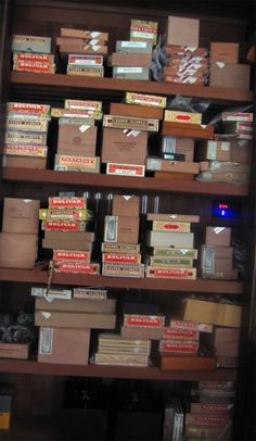 There are cigar smokers, then there are these people...collectors/connoisseurs This is special.