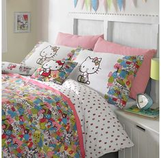 Hello Kitty For Liberty Art London Town Duvet Cover Set (Squibbly-bibbly will love this! Hello Kitty Bedroom, Hello Kitty House, Duvet Sets, Duvet Cover Sets, Hello Kitty Collection, Room Inspiration, Bedroom Decor, Bedroom Ideas, Liberty