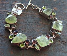 Mint Leaves & Buffalo Berries / Prehnite, Garnet, Peridot