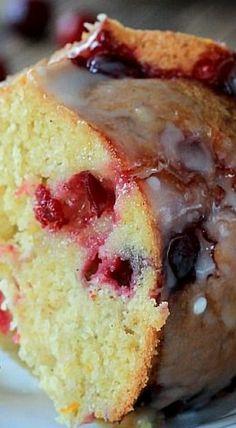 Cranberry Orange Bundt Cake with an Orange Glaze(Bunt Cake Recipes) Cranberry Cake, Cranberry Recipes, Cranberry Orange Muffins, Orange Recipes, Baking Recipes, Cake Recipes, Dessert Recipes, Bunt Cakes, Cupcake Cakes