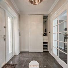 i corridoi sono delle vere e proprie stanze: dei luoghi di t…