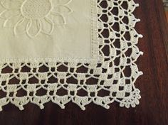 How to Crochet Wave Fan Edging Border Stitch Crochet Boarders, Crochet Edging Patterns, Crochet Lace Edging, Crochet Trim, Crochet Stitches, Doily Patterns, Knit Crochet, Filet Crochet, Pouch Pattern