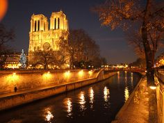 Paris Notre Dame by night by Norman