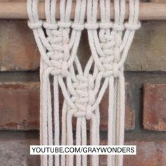 Macrame Plant Hanger Patterns, Macrame Wall Hanging Patterns, Macrame Plant Hangers, Macrame Patterns, Macrame Design, Macrame Art, Macrame Projects, Macrame Knots, Macrame Jewelry