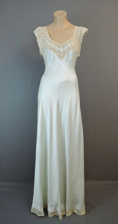 Vintage 1940s Pale Green Silk Nightgown, 36 bust Bias Cut, Ivory Cotton Lace - Dandelion Vintage
