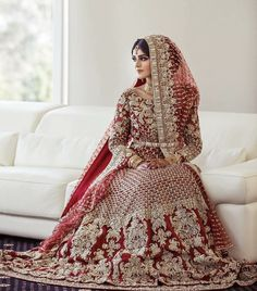 pakistani wedding dress Absolutely love her dress Photo from Isha amp; Absolutely love her dress Photo from Isha amp; Latest Bridal Dresses, Asian Bridal Dresses, Pakistani Wedding Outfits, Indian Bridal Outfits, Pakistani Bridal Dresses, Pakistani Wedding Dresses, Pakistani Bridal Makeup, Pakistani Clothing, Wedding Hijab
