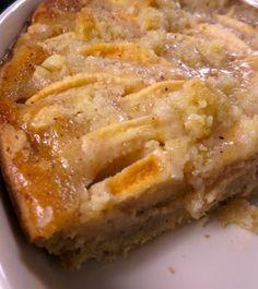 K O T I L A: Mehevä omanapiirakka crème fraîche -täytteellä, Apple pie with creme fraiche.