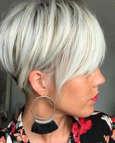 Tagli corti con capelli grigi