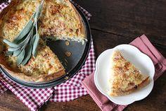 Budget dag 5: Zuurkooltaart met blauwe kaas en salie