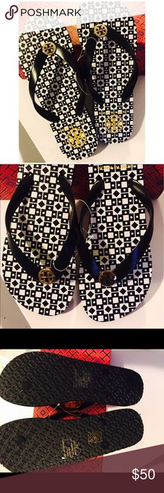 TORY BURCH BLACK FLIP FLOPS SIZE 7 NEW! SUPER COMFY & CUTE TORY BURCH BLACK FLIP FLOPS BRAND NEW!   Size: 7  or 8 available Color: BLACK  Without box....they are sold without it.  PRICE FIRM! Tory Burch Shoes Sandals