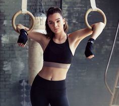 Hailee Steinfeld for Mission Activewear Line