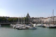 Vous partez en vacances, en weekend à La Rochelle? Retrouvez une journée typique avec des bonnes adresses dans cette jolie ville, sur le blog !