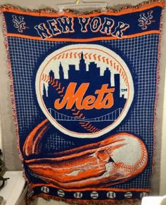 New York Mets NY Gently Used Blue Orange Knit Blanket Throw