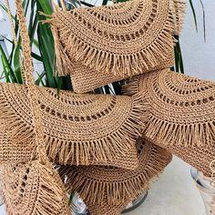Crochet Clutch Bags, Free Crochet Bag, Crochet Purse Patterns, Crochet Quilt, Crochet Tote, Crochet Handbags, Crochet Purses, Love Crochet, Handmade Bags
