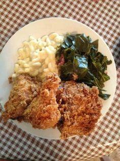 Annie O's Southern Eats, Hilton Head Island: Mamas Chicken, collard green and mac n cheese.