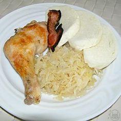 Kuře na zelí - Velmi jednoduchá a chutná úprava kuřete pečeného na kysaném zelí a podávaného s houskovým knedlíkem Chicken, Meat, Food, Cooking, Eten, Meals, Cubs, Kai, Diet