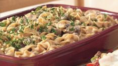 Recipe, grocery list, and nutrition info for Hamburger Stroganoff Casserole. Just a pinch of nutmeg adds unexpected and appealing flavor to this basic creamy noodle dish. Stroganoff Casserole Recipe, Hamburger Stroganoff, Ground Beef Stroganoff, Turkey Stroganoff, Rigatoni Al Horno, Baked Rigatoni, Casserole Dishes, Casserole Recipes, Hamburger Casserole