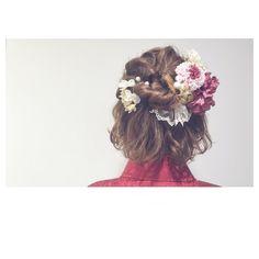結婚式などのフォーマルなシーンでは、ドレスコードは勿論ヘアスタイルにもこだわりたいですよね!ショートやボブの短い丈ヘアの人でも簡単にできる、「お呼ばれアレンジ」を10選でご紹介します。 Braid Styles, Short Hair Styles, Hair Arrange, Hair Setting, Festival Hair, Short Wedding Hair, Wedding Bells, Her Hair, Wedding Hairstyles