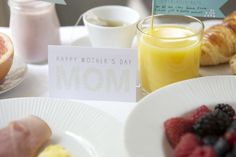 Free printables for a mother's day breakfast in bed tray!