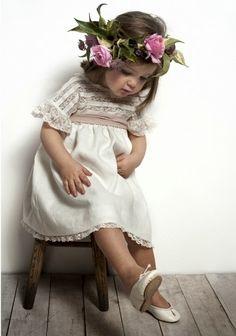 Labubé dress #girls #Weddings #damitas #arras