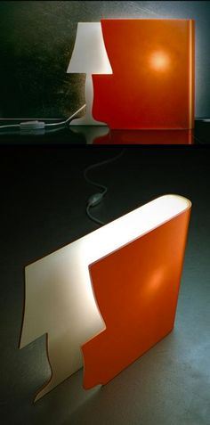 There are some incredible design ideas here! What an amazing design concept! By adding this one item, you add what appears to be a traditional lamp, a burst of color, and a conversation piece. Diy Luminaire, Diy Lampe, Luminaire Design, Home Design, Interior Design, Design Industrial, Traditional Lamps, Ideias Diy, Deco Design