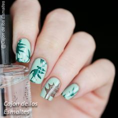 Eastern nail art - Bamboo leaves and chinese pavilion - Hehe stamping 45