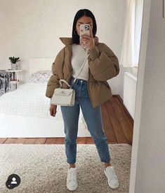 Me gusta, 98 comentarios - Outfits Inspo Uni Outfits, Trendy Fall Outfits, Casual Winter Outfits, Winter Fashion Outfits, Look Fashion, Stylish Outfits, Uni Fashion, Casual Weekend Outfit, Hipster Outfits