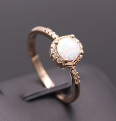 Beautiful Cute Simple Round Jewelry White Fire Opal Ring