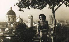 """""""In Castello nel dopoguerra"""" - 1948 http://www.bresciavintage.it/brescia-antica/storie-di-persone/castello-nel-dopoguerra-1948/"""