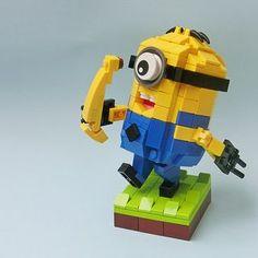 """LEGO Minion """"Banana!"""""""