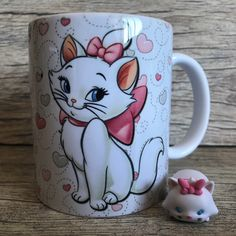 You can drink a espresso may be the best period of time during the day. Cat Gifts, Gifts In A Mug, Oriflame Beauty Products, Gata Marie, Disney Cups, Coffee Photography, Cool Mugs, Cat Mug, Disney Merchandise