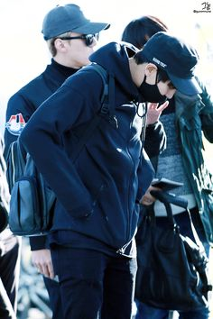 Incheon Airport to Fukuoka 151030 : Chanyeol