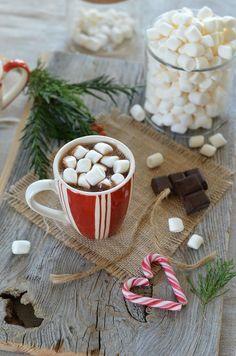 Chocolat chaud à l'orange et aux marshmallows