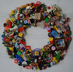 a recycled wreath to make you stop and stare! -   I love this!!! Looks like fun to make!