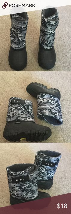 Tundra Winter Boots Boys boots camo grey and black.  8 inches from top to bottom.  Velcro closure on top of boots. Tundra Shoes Rain & Snow Boots