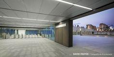 Alboraya-Palmaret metro station by Rstudio Underground Tube, Metro Subway, Metro Station, Entrance Hall, Dezeen, Valencia, Terrace, Studio, City