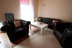 Set Canapea Sofa si fotoliu CHESTERFIELD   #Mobila Dining Bench, Decor, Sofa, Furniture, Chesterfield, Home Decor, Dining