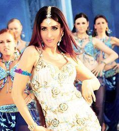 "Kareena in the dance track 4rm ""Billu Barber"""