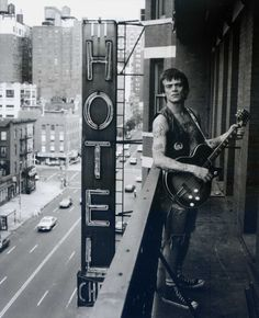 Keith Green, Dee Dee Ramone on Chelsea Hotel balcony, 1992. Photograph.