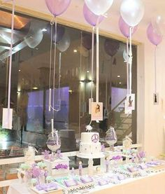 Shabby chic First Comunion Party Ideas Baby Sprinkle, Hippie Chic, Dessert Table, First Birthdays, Lilac, Shabby Chic, Baby Shower, Ceiling Lights, Candy