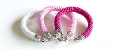 Simple And Elegant Crochet Bracelet Free Pattern - Knit And Crochet Daily