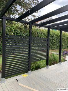 Patio Design, Garden Design, Diy Privacy Screen, Deck Fireplace, Backyard House, Unusual Buildings, Outdoor Spaces, Outdoor Decor, Pergola Patio