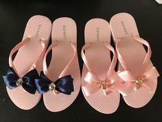 Bling Flip Flops, Flip Flop Shoes, Bridesmaid Flip Flops, Wedding Flip Flops, Cute Bridesmaids Gifts, Flip Flop Craft, Half Shoes, Decorating Flip Flops, Comfortable Flip Flops
