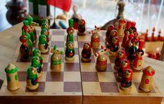 Vintage Original Hand Painted Soviet Chess Set from Riga-Latvia - 1980's - Made in USSR, Schachspielset aus der UdSSR von SovietGallery auf Etsy
