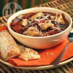 Sopa de capeletti com linguiça @ allrecipes.com.br