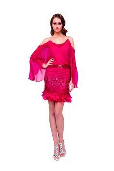 Vestido de fiesta corto con manga estilo murcielago modelo 1150001 by Sonia Peña | Boutique Clara