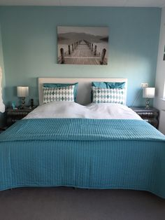 Azuur blauwe slaapkamer