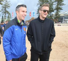 Awards of of robin van persie superstars pinterest robin van another sea of red down under first it was the lions now united fans turn sydney red to watch rvp and co in training manly beachrobin vanvan persieman fandeluxe Document
